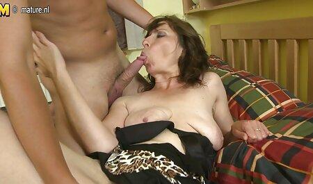 Evilin FIRs e Cassie Lane mútuo ver video pornô grátis acariciando na cama