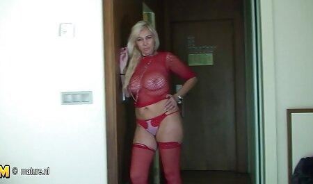 Safira gostaria de assistir um filme pornô grátis